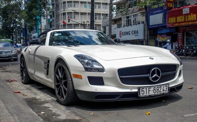 Sieu xe Mercedes SLS mui tran duy nhat tai Viet Nam cua dai gia ca phe hinh anh