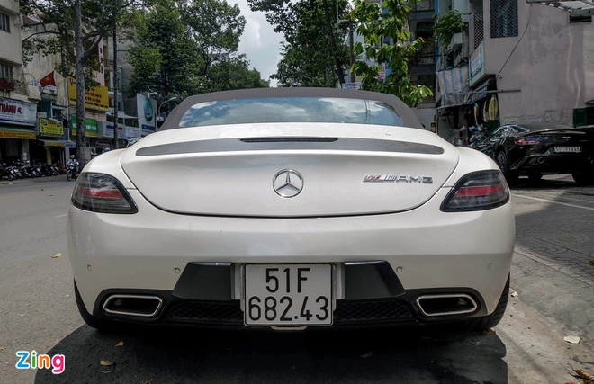 Sieu xe Mercedes SLS mui tran duy nhat tai Viet Nam cua dai gia ca phe hinh anh 3