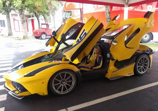 Sieu xe Ferrari FXX-K rao gia 4,7 trieu USD tai Dubai hinh anh