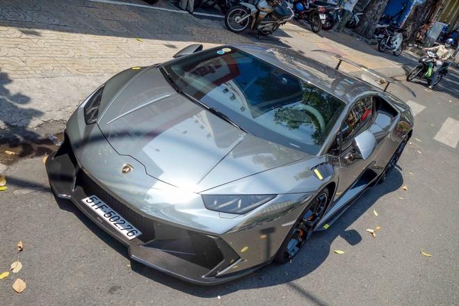 Lamborghini Huracan do body va dan chrome o Sai Gon hinh anh