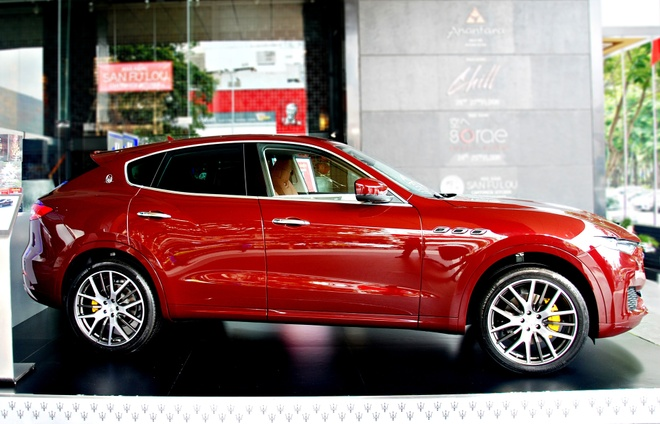 Maserati Levante ban dac biet trung bay o Sai Gon hinh anh 2