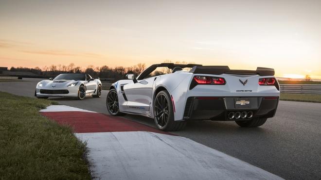 Chevrolet ra mat goi do ky niem 65 nam ra doi cua Corvette hinh anh 5
