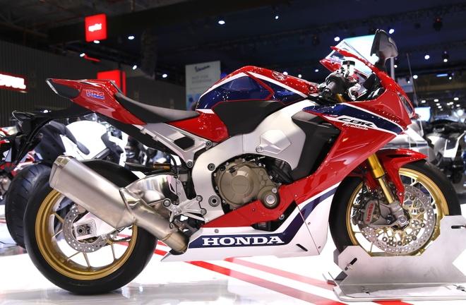 Chi tiet sieu moto Honda CBR1000RR 2017 tai Viet Nam hinh anh