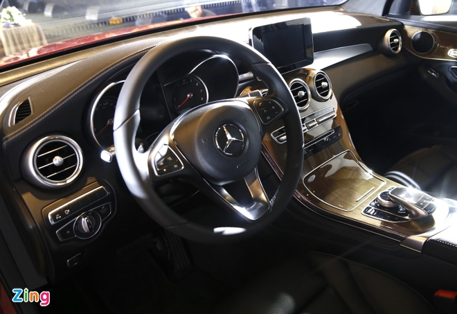 Chi tiet Mercedes GLC Coupe gia 2,9 ty vua ban tai Viet Nam hinh anh 12
