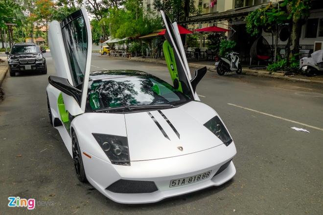 Lamborghini Mucielago LP640 mau xanh com anh 11