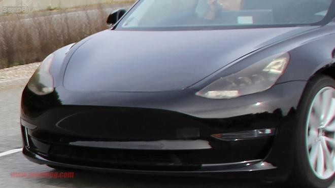 Tesla Model 3 ra mat anh 3