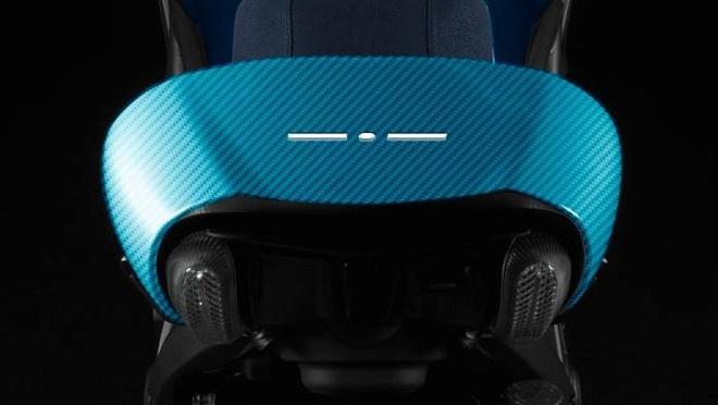 Ducati Diavel ban do carbon xanh doc dao hinh anh 3