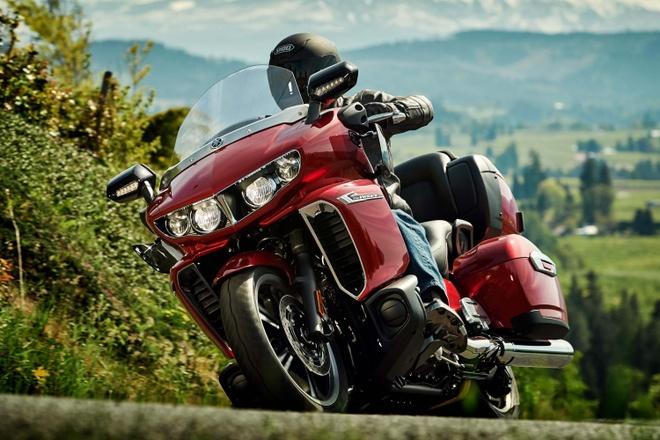 Yamaha gioi thieu moto duong truong co lon Star Venture hinh anh