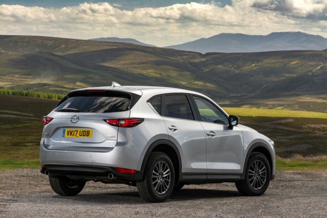 Mazda CX-5 2017 tuong duong 687 trieu dong tai Anh hinh anh 5