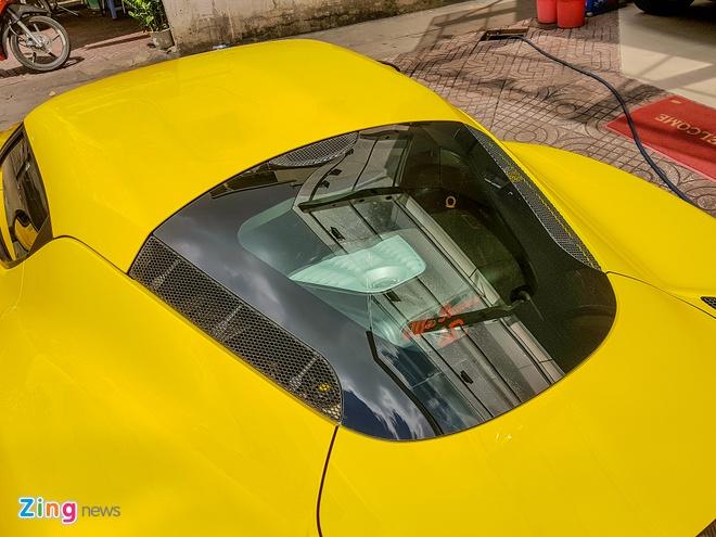 Alfa Romeo 4C doc nhat Viet Nam doi mau vang hinh anh 8