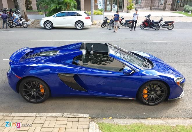 Cuong Do La su dung sieu xe McLaren 650S cua Minh Nhua hinh anh 3