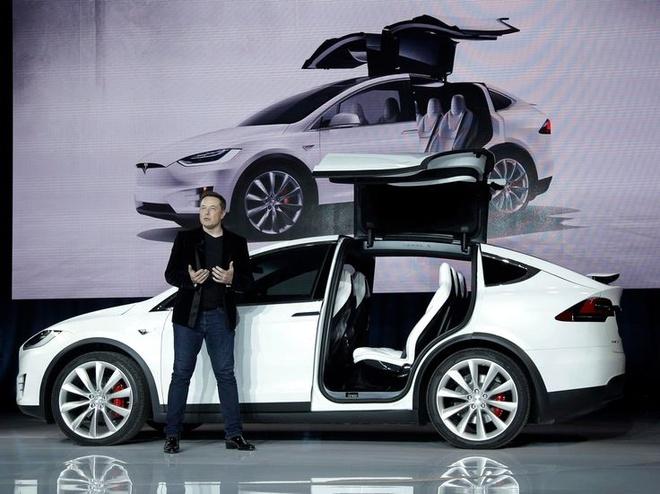 Tesla khong chiu tham gia cuoc dieu tra chat luong xe dien hinh anh