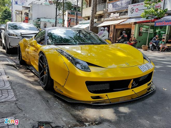 Sieu xe Ferrari 458 do than rong Liberty Walk dau tien tai Viet Nam hinh anh 1