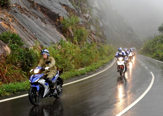 Phuot 3.000 km xuyen Dong Nam A bang Yamaha Exciter hinh anh