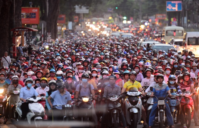 Dieu gi se xay ra khi Viet Nam cam xe may vao 2030? hinh anh