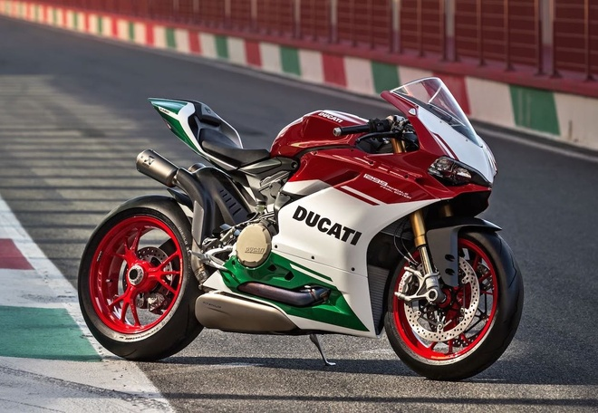 Ducati 1299 Panigale R Final Edition - ban 1299 Panigale cuoi cung hinh anh
