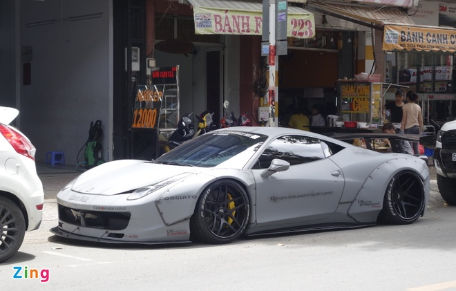 Sieu xe Ferrari 458 do 'sat gam' tai TP.HCM hinh anh 1