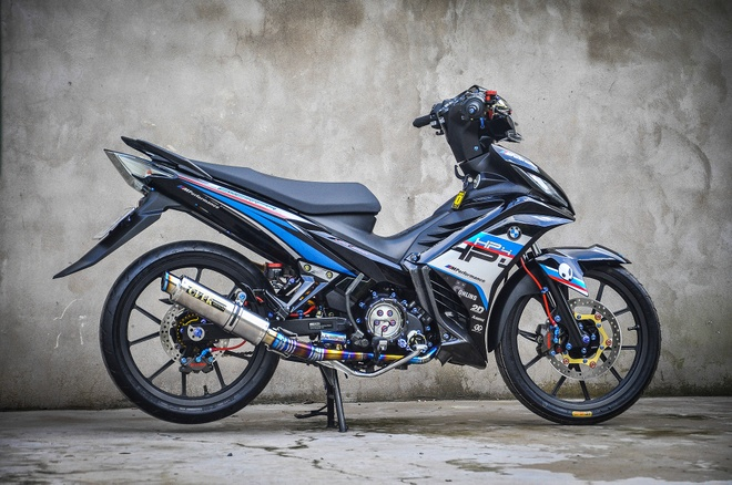 Exciter 135 do phong cach HP4 cua fan BMW o Can Tho hinh anh