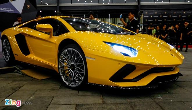 Lamborghini Aventador S ve tay dai gia Sai Gon anh 2
