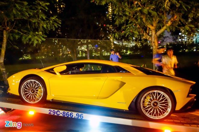 Lamborghini Aventador S ve tay dai gia Sai Gon anh 3