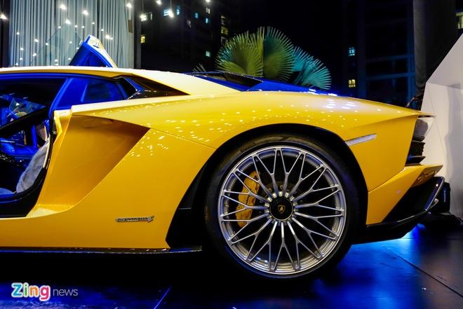 Lamborghini Aventador S ve tay dai gia Sai Gon anh 8