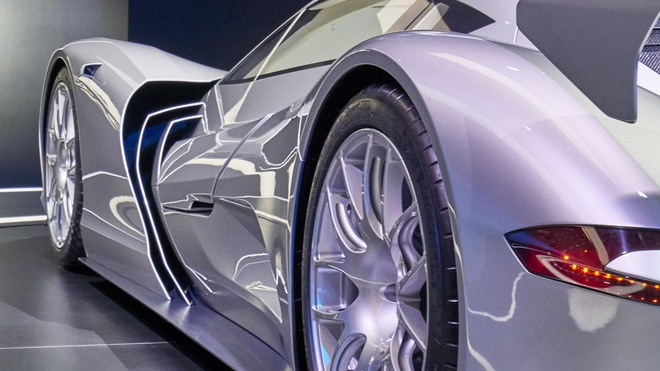 Aspark Owl - sieu xe dien tang toc nhanh hon Tesla Model S hinh anh 4
