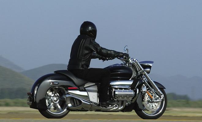Top 5 moto dong co 6 xy-lanh tot nhat tren the gioi hinh anh 5