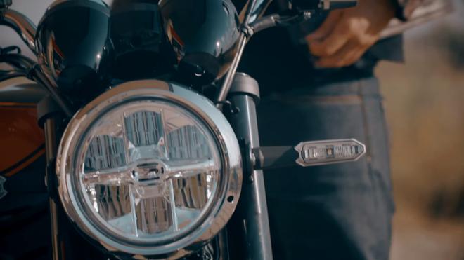 Kawasaki sap ra mat Z900RS theo phong cach hoai co hinh anh 3