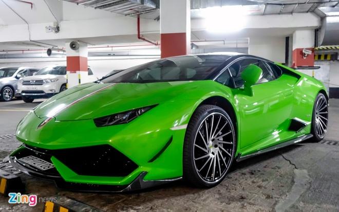Sieu xe Lamborghini Huracan do duoi ham de xe o Sai Gon hinh anh 1