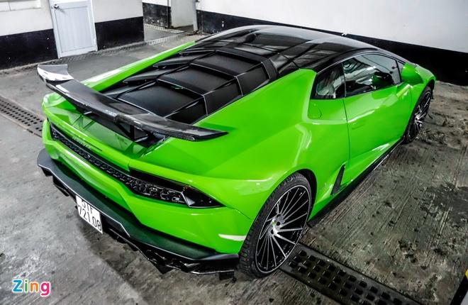 Sieu xe Lamborghini Huracan do duoi ham de xe o Sai Gon hinh anh 3