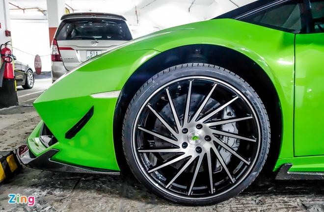 Sieu xe Lamborghini Huracan do duoi ham de xe o Sai Gon hinh anh 6