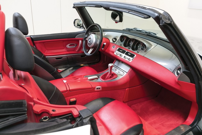 Xe cu BMW Z8 gia ngang sieu xe Lamborghini Aventador hinh anh 9