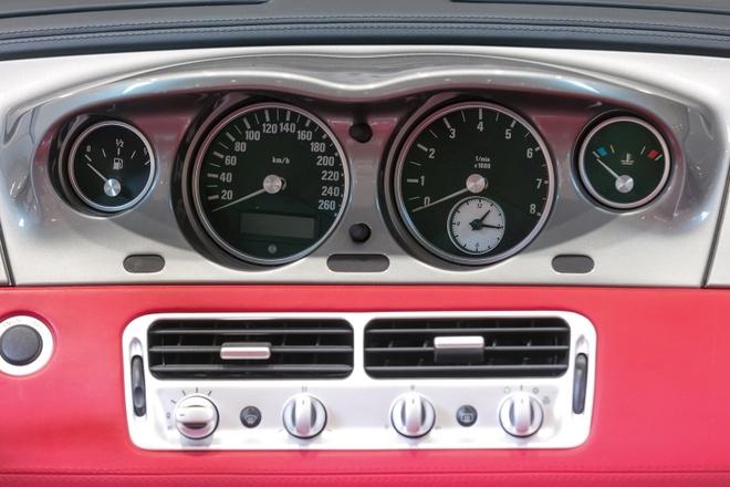 Xe cu BMW Z8 gia ngang sieu xe Lamborghini Aventador hinh anh 7