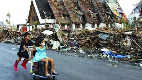 Them 48 nguoi Viet so tan khoi Tacloban hinh anh 1