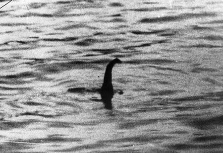 Tiet lo am muu bat coc quai vat ho Loch Ness de trung bay hinh anh