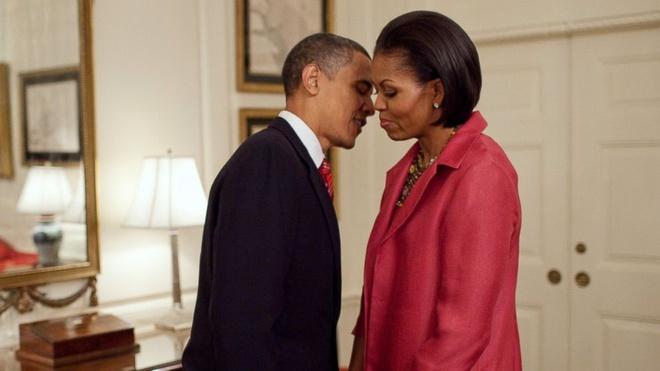Vo chong Obama hen ho nhu the nao trong dip Valentine? hinh anh