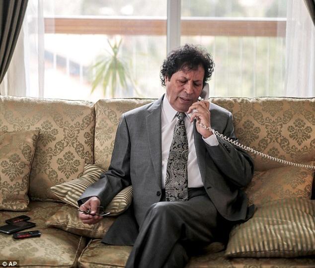 Chau Gaddafi: IS se tien hanh vu 11/9 o chau Au hinh anh