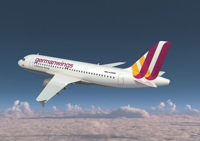 Phi cong Germanwings tran an hanh khach sau tham kich hinh anh 1 1