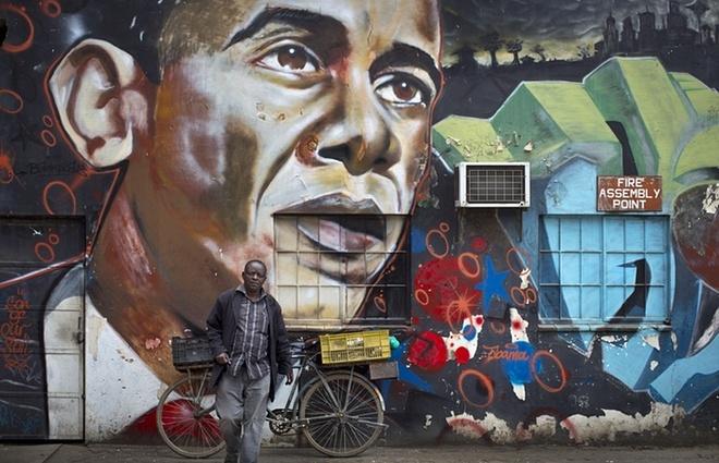 Hinh anh Obama tran ngap Kenya truoc ngay ong toi que cha hinh anh