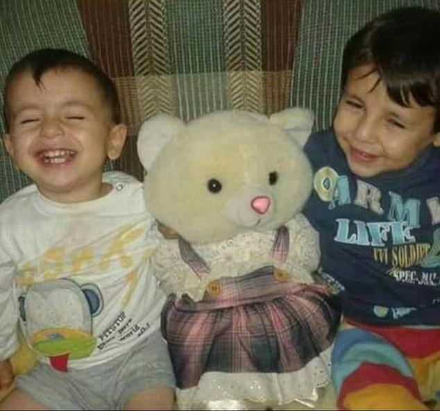 11 nguoi than cua be trai Syria bi IS sat hai hinh anh 1 1