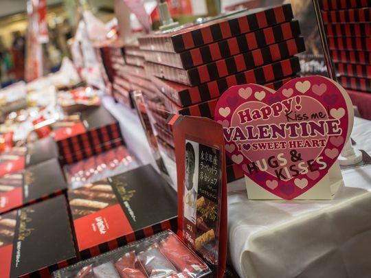 Chocolate dinh kim cuong dip Valentine gia hon 14 trieu yen hinh anh 6