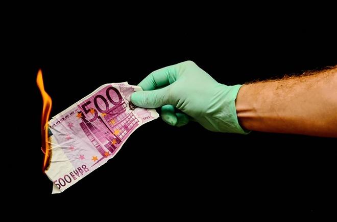 Vi sao dong 500 EUR co the bi khai tu? hinh anh