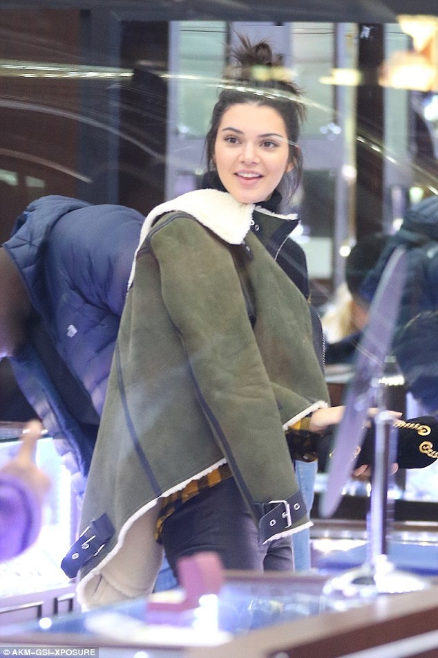 Kendall Jenner va AAP Rocky anh 3