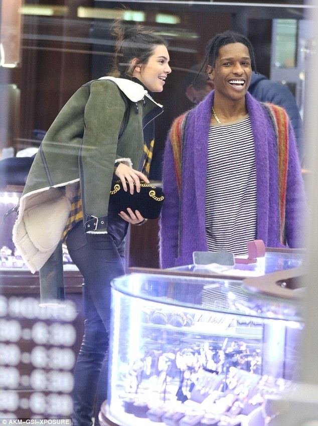 Kendall Jenner va AAP Rocky anh 1