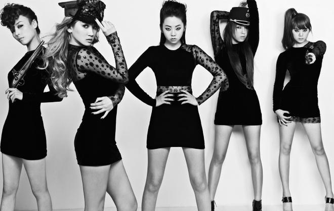 Wonder Girls tan ra anh 7