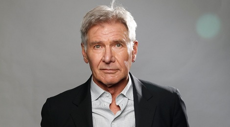 Harrison Ford lai may bay dam vao mot chiec Boeing hinh anh