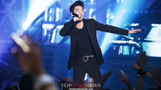 Rapper Han bi to hanh hung ban gai khi dang quan he hinh anh 1