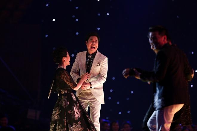 Quang Le buc boi khi thay Ngoc Son 'ep' thi sinh anh 4