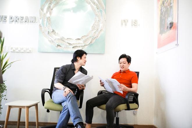 Truong Giang nham mat danh vo trong phim hai hanh dong moi anh 4