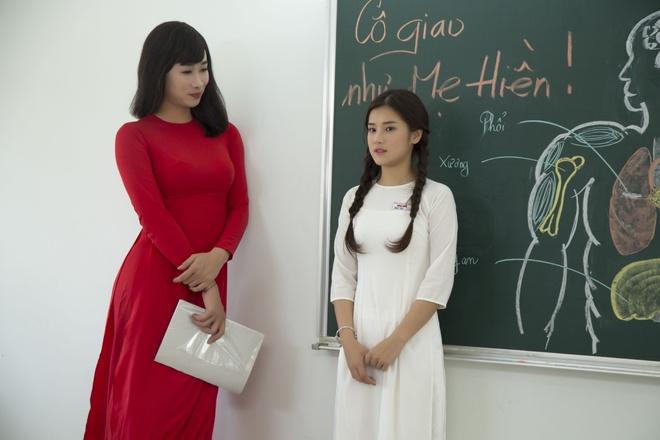 Hoang Yen Chibi yeu tham hot boy trong MV ve tuoi hoc tro hinh anh 6